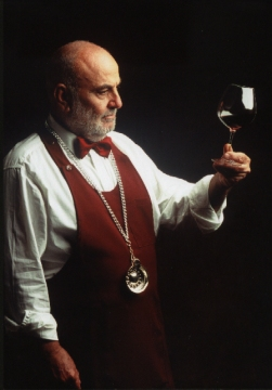 Sommelier_F.I.S.A.R.